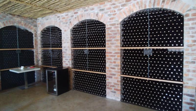 DmN-cellar